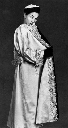 1951 Dior white satin evening coat embroidered in gold, silver and pearls