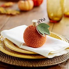 47 Gorgeous Thanksgiving Place Cards and Napkin Rings