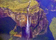 Guía de Turismo : Turismo de Aventura: ¿Que esperar en mi visita al Salto Ángel? #Video http://turismoorinocoguide.blogspot.com/