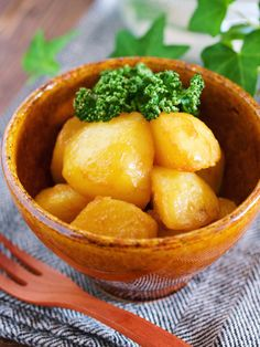 じゃがいものめんつゆバター煮【#作り置き#節約#お弁当】 by Yuu 「写真がきれい」×「つくりやすい」×「美味しい」お料理と出会えるレシピサイト「Nadia | ナディア」プロの料理を無料で検索。実用的な節約簡単レシピからおもてなしレシピまで。有名レシピブロガーの料理動画も満載!お気に入りのレシピが保存できるSNS。