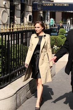 How to be fricken Parisienne perfect by Natalie Portman