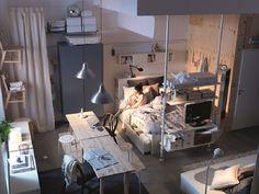 Deze BRIMNES bedbank is een bank, éénpersoonsbed, tweepersoonsbed en opbergoplossing met twee grote lades in één. Handig! #IKEA