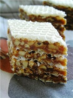 Rasprava o LiveInternet - Ruski uslugu online… Czech Desserts, Russian Desserts, Russian Recipes, Sweet Recipes, Cake Recipes, Dessert Recipes, Russian Cakes, Waffle Cake, Pastry Cake