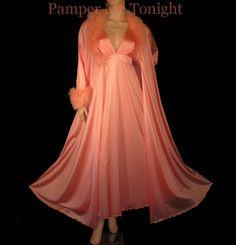 Peignoir-nightgown-negligee-nightdress-bedgown-nightrobe