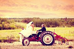 I've already got the tractor, the man and the land. Definitely need to take some pics like this. Tractor as wedding decor, hmmm. Tractor Wedding, Our Wedding, Dream Wedding, Wedding Album, Wedding Bands, Wedding Stuff, Photo Couple, Here Comes The Bride, Couple Pictures