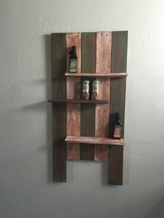 Simple spice rack from pallet project scraps