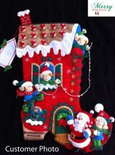 Customer photo sent to MerryStockings. Kit is entitled Holiday Decorating.