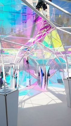 While dichroic glass is visually mesmerizing and undeniably enigmatic, its deeply methodical origins are equally fascinating. Dichroic Glass, Light Art, Public Art, Installation Art, Event Design, Interior Architecture, Iridescent, Glass Art, Creations