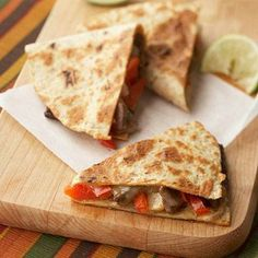 PEPPER STEAK QUESADILLAS - Jicama, a bulbous root vegetable especially popular in Latin America, adds lots of crunch and a slightly nutty flavor to these easy-to-make fold-overs. Diabetic Recipes, Mexican Food Recipes, Low Carb Recipes, Beef Recipes, Cooking Recipes, Healthy Recipes, Diabetic Foods, Diabetic Menu, Pepper Recipes