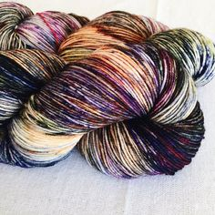 USES/IDEAS | Make socks, light scarves, shawls, lightweight sweaters. YARN | Euro Sock FIBER | 100% Merino Wool LENGTH | 435 yards | 397 meters WEIGHT | Approx