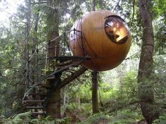 only the coolest treehouse ever!