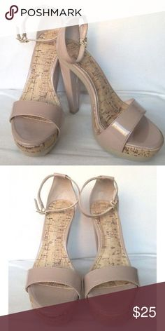 Nude Platform High Heels LC Lauren Conrad nude platform heels with cork detail. Perfect summer heel! Never worn. LC Lauren Conrad Shoes Heels
