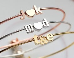 Letra & Ampersand brazalete pulsera minúsculas - regalo nupcial personalizada inicial personalizada de Dama de honor boda iniciales los amantes novia Dainty