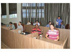 http://www.passosmgonline.com/index.php/2014-01-22-23-07-47/geral/1029-vereadores-votam-projetos-de-lei-e-de-resolucao