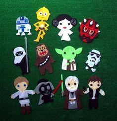 Star Wars felt people for nerdy quiet book Theme Star Wars, Star Wars Party, Sewing Crafts, Sewing Projects, Craft Projects, Felt Projects, Felt Diy, Felt Crafts, Handmade Felt