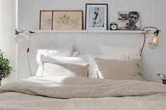 Bedroom envy: Shelf above the bed.