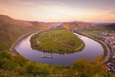 The Mosel Bend near Bremm in Germany Hong Kong Art, Croatia Travel Guide, Vacation Deals, Romantic Travel, Germany Travel, Beach Trip, Travel Pictures, Travel Destinations, Travel Photography