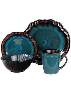 Incorporate a timeless element to your dining space with the Elama Scabiosa Dinnerware Set. Crafted of stoneware in attractive mottled hues, each piece is defined by a unique contrast color beaded rim in a high gloss finish. Dinnerware Sets Walmart, Stoneware Dinnerware Sets, Tableware, Farmhouse Dinnerware, Outdoor Dinnerware, Blue Dinnerware, Aqua Bedding, Beauty Sale, Dinner Plate Sets