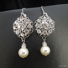 Hey, I found this really awesome Etsy listing at https://www.etsy.com/listing/113262134/pearl-bridal-earringswedding-pearl