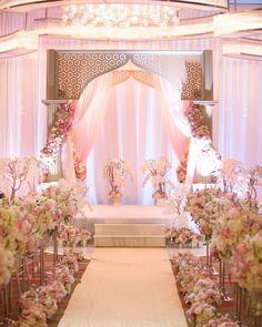 Glamorous wedding venue. Mandarin Oriental Las Vegas Wedding makes.