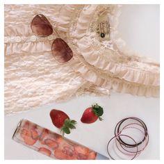 Instagram: Livanies Life Is Beautiful, Hoop Earrings, Sweet, Pink, Instagram, Jewelry, Fashion, Jewellery Making, Moda