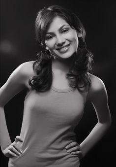 Sriti Jha is an Indian television actress. She was born on February 26, 1986 in Begusarai, India. She spent 10 years in Kolkata, West Bengal and later she moved to Nepal where she studied at Modern School in Kathmandu.