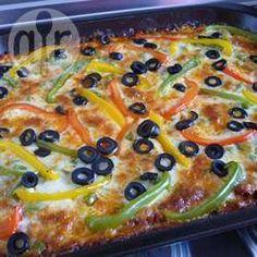Torta de carne com massa de abobrinha @ allrecipes.com.br - Torta salgada de carne moída e legumes com massa de abobrinha. Minha família toda adora.