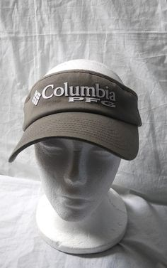 This is a pre-owned Columbia PFG sun visor. Has fabric fade from washing 0d51604de3a