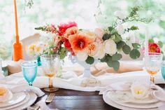 #stunning #weddingtable #weddinginspiration #weddingstyle #bold #colorful #calligraphy #contemporary #luxewedding #charmink #calliopeeventplanning Luxe Wedding, Modern Calligraphy, Service Design, Wedding Table, Hand Lettering, Wedding Styles, Artsy, Wedding Inspiration, Colorful