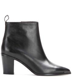 mytheresa.com - Ankleboots Loma aus Leder - Schuhe - Acne Studios - Designer - Luxury Fashion for Women / Designer clothing, shoes, bags