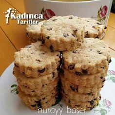 How to Make Gingerbread Bird Raisin Cookies Recipe, Cookie Recipes Raisin Cookie Recipe, Ginger Bread Cookies Recipe, Raisin Cookies, Cookie Recipes, Dessert Recipes, How To Make Gingerbread, Gingerbread Cookies, Biscuit Cookies, Cake Cookies
