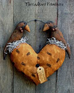 Free Primitive Crow Pattern | 179 crows in love pattern hi friends this is a threadbare primitives ...