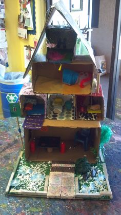 Today is World Habitat Day 10/1/12!   This multi level Kleenex Box house was created by Troop 60066 as part of our what makes a House A Home Art Show benefiting the Ventura County Chapter of Habitat for Humanity. Good stuff.