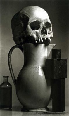 Find the latest shows, biography, and artworks for sale by Irving Penn. Considered one of the most influential photographers of the century, Irving Penn… Memento Mori, Irving Penn, Still Life Photography, Art Photography, Fashion Photography, Landscape Photography, Framing Photography, Contemporary Photography, Artistic Photography