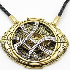 Doctor Strange Eye Of Agamotto Amulet Necklace