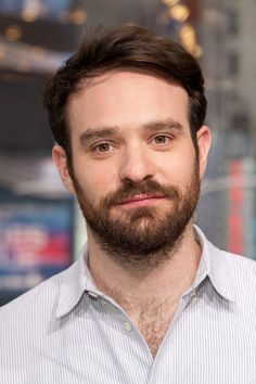 Charlie Cox Visits 'Extra' at their New York studios at H&M in Times Square on March 2016 in New York City. Marvel Universe, Charlie Cox, New York City, Daredevil Matt Murdock, Times Square, Netflix, Studios, New York Studio, Marvel Actors