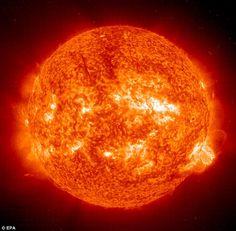 This 01 October, 2001 NASA Solar and Heliospheric Observatory (SOHO) EIT (Extreme ultravio...