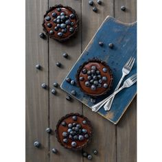 No-Bake Blueberry Truffle Tartlets ❤ liked on Polyvore featuring food and pictures