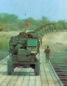 Lets get the hell out of Dodge - Salute African Bush War - 1966 to 1989 - The forgotten war Military Photos, Military History, Military Jokes, Military Weapons, First Indochina War, South African Air Force, Army Day, Defence Force, History Of Photography