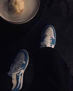Jordan Retro 1, Vans Old Skool, Photo And Video, Sneakers, Pictures, Instagram, Streetwear, Tennis, Photos