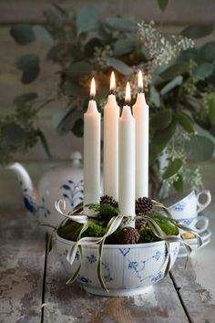 Creative Advent candle 'wreath' in blue and white china. | Christmas home decor