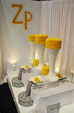 Very cool cake table set up themarriedapp.com hearted ❤