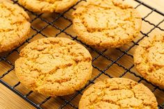 Cookies don't have to be a guilty pleasure. Even if you're on a diet, you can make low carb cookies that taste great! Try our recipe and find out how.