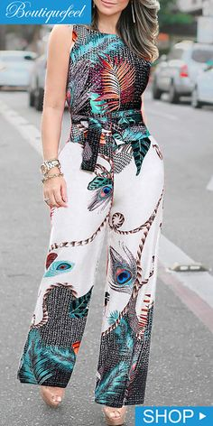Palazzo Pants Outfit For Work. 14 Budget Palazzo Pant Outfits for Work You Should Try. Palazzo pants for fall casual and boho print. Fashion Mode, Fashion Pants, Fashion Outfits, Fashion Tips For Women, Womens Fashion, Pants For Women, Clothes For Women, African Fashion Dresses, Fashion Sewing