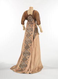 Weeks evening dress ca. 1910 via The Costume Institute of The Metropolitan Museum of Art