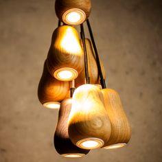 Sehr schönes Licht! Der Hintergrund ist auch sehr schön. Wir wissen allerdings nicht, ob wir das mit unseren Lampen hin bekommen...