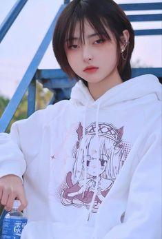 Korean Beauty Girls, Korean Girl, Cute Girl Face, Cool Girl, Korean Haircut Men, Cute Girl Sketch, Mullet Hairstyle, Shot Hair Styles, Uzzlang Girl