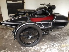 BMW Serie 2 with R100 RS engine and Royal Zeppelin Sidecar