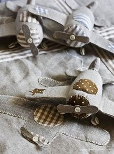 "Fabric airplanes - these would make an adorable mobile for a little boy's crib. Designed by an Italian woman who has a book called ""Shabby Home"" and it's FABULOUS....it's also Italian ;)"