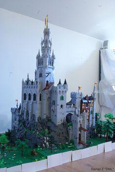 Prhean This Castle is just unbelievable ! Love it.